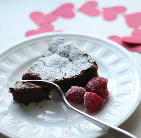 flourless chocolate cake (with allergy-free variations)