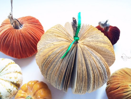 How to turn a paperback novel into a book page pumpkin. This is a highly satisfying DIY: fun, fast, easy, and the results are adorable.