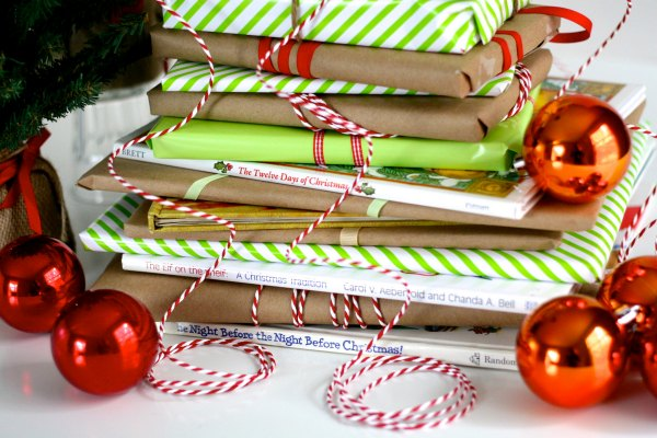 A very bookish Christmas countdown.