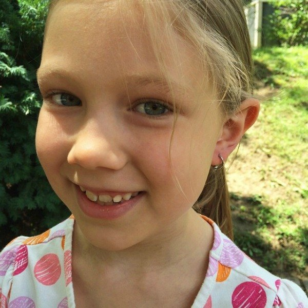 What you need to know about getting your daughter's ears pierced. | Modern Mrs. Darcy