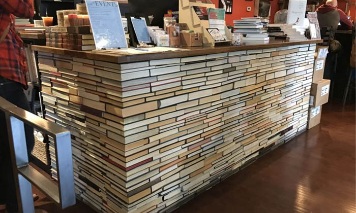10 ways to show indie bookstores some love right now