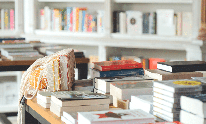 WSIRN Ep 300: How good it is to be among people who are reading!